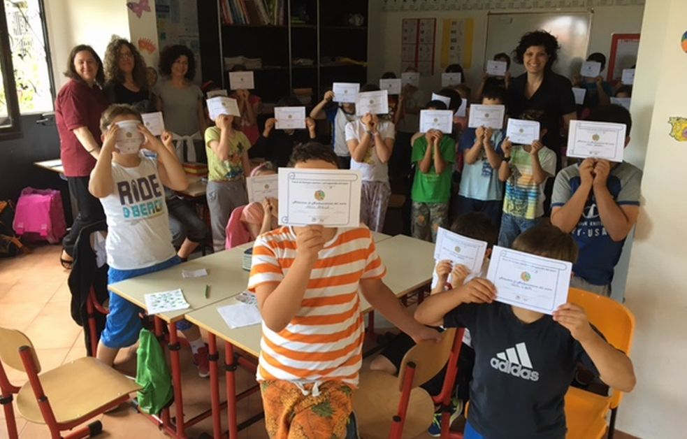 """L'Associazione Genitori @ttivi a Civezza ha premiato gli alunni del progetto """"Biologia marina e salvaguardia del mare"""""""