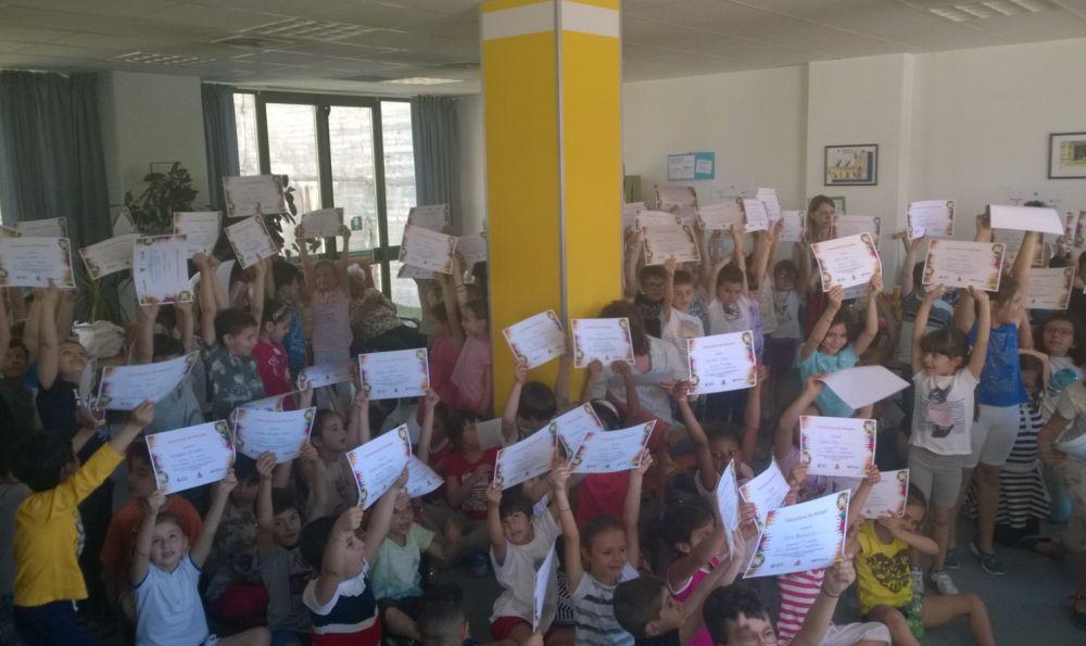 Al Cora Kennedy di Tortona una mostra dei ragazzi delle scuole cittadine./Le immagini