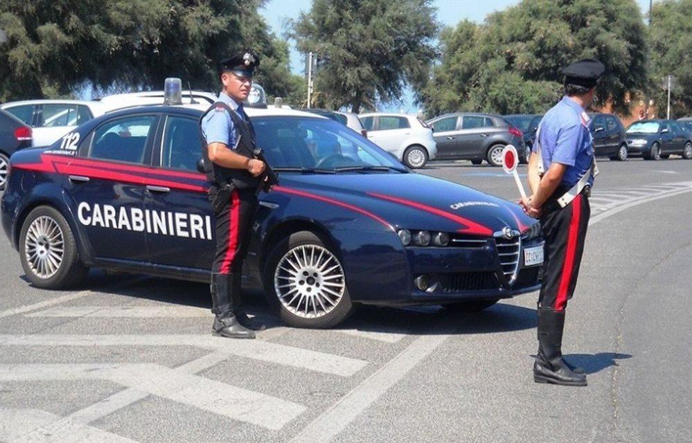 Sanremo, occupano abusivamente un appartamento nella Pigna. Quattro stranieri denunciati dai Carabinieri.