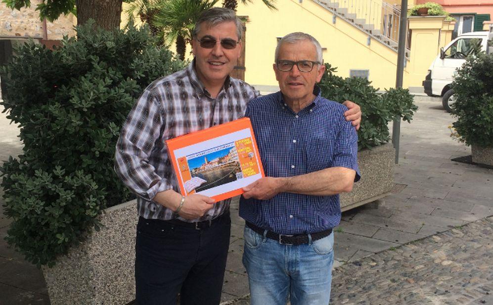 A Santo Stefano al mare, sindaco ed editore insieme per richiamare ancora più turisti