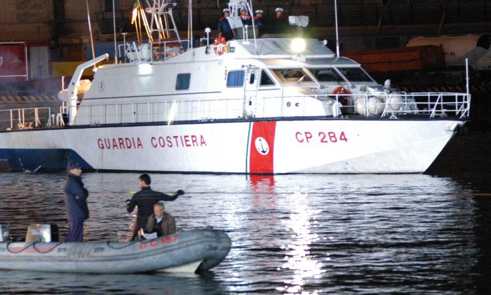 La Capitaneria di Imperia fa una multa di 4 mila euro a uno Yacht neozelandese che versava olio nel porto