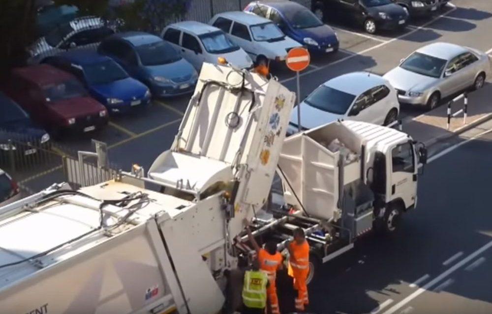 Sanremo, un filmato fa vedere come (non) funziona la raccolta rifiuti e l'autore fa un esposto in Procura
