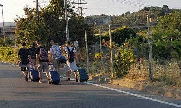 Ennesimo incidente lungo la strada che porta alla stazione di Diano, sempre più pericolosa. I tre Comuni devono intervenire