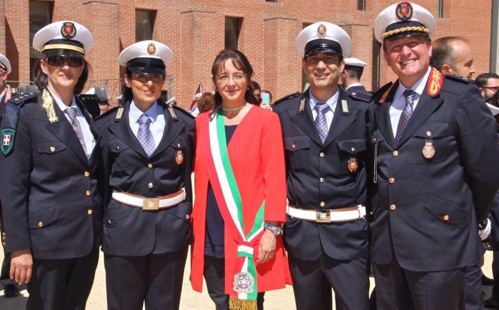 I nuovi agenti della polizia municipale di Tortona Giuditta Vittoria e Andrea Campili hanno imparato il lavoro