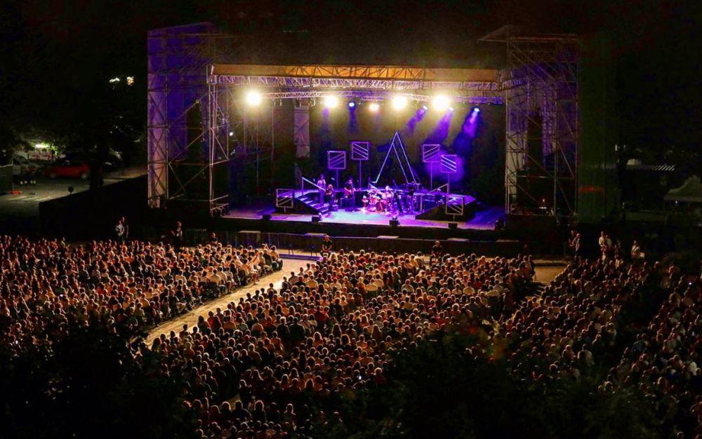 Conclusa Arena Derthona, ma perché lo scorso anno spettacolo gratis e stavolta no?