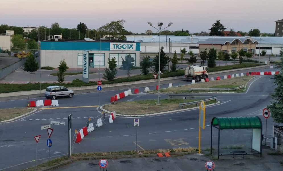 Tortona, iniziati i lavori all'ingresso sud della città, dureranno fino al 30 settembre