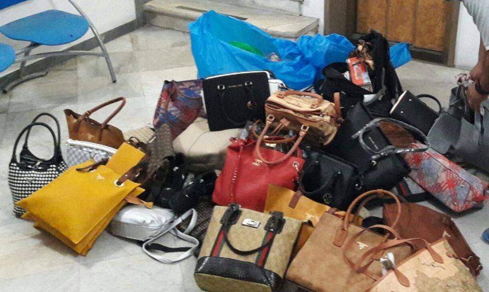 Tre venditori abusivi fermati sulla passeggiata di Diano Marina dai Vigili Urbani. Sequestrati 350 oggetti