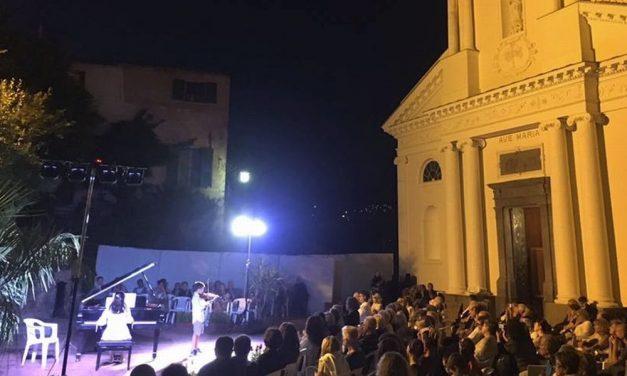 """Da martedì 24 a domenica 29 luglio, a San Bartolomeo al Mare c'è il concorso Musicale """"Rovere d'oro"""","""