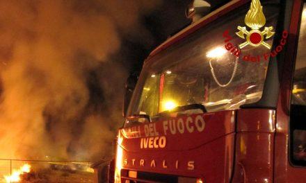 Abitazione a fuoco a Viguzzolo nella notte, intervengono i pompieri