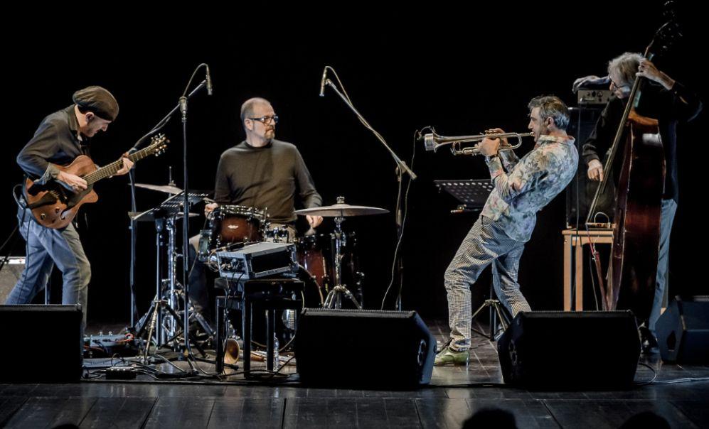 Sabato a Cervo sulla piazza dei Corallini arriva un concerto di musica Jazz con Paolo Fresu Devil Quartet