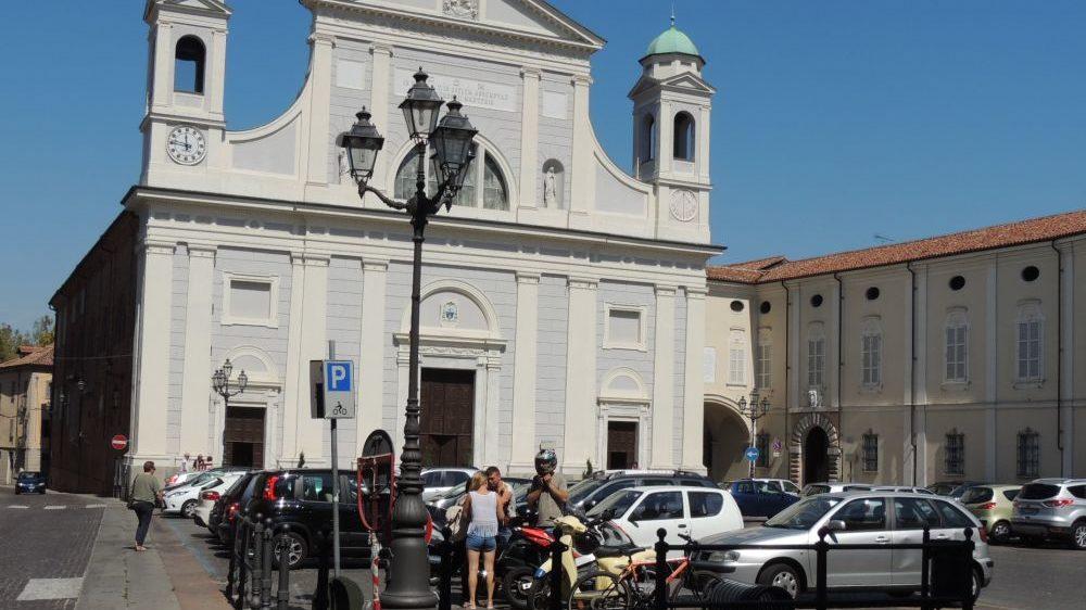Domani ultimo giorno per parcheggiare gratis in centro a Tortona