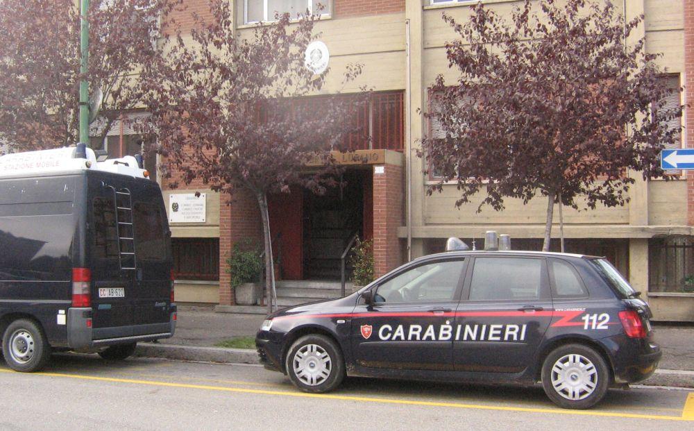 Arrestato a Novi Ligure l'italiano accusato anche di atti persecutori nei confronti dell' ex fidanzata residente in città