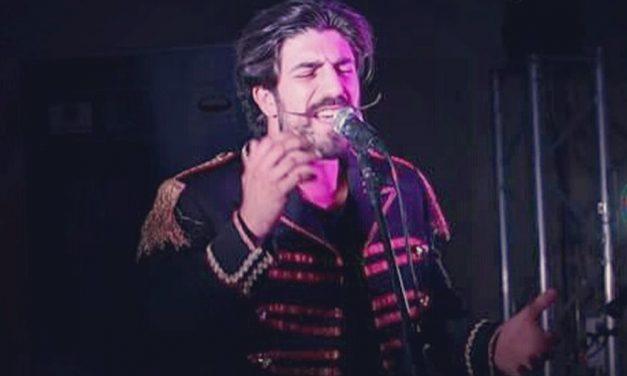 Il dianese Simone Alessio si è esibito ad area Sanremo, a fine mese saprà se andrà in Finale per un posto al festival di Sanremo