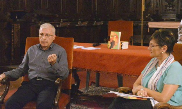 """Buon riscontro a Pontecurone per la presentazione del libro """"Le tre scelte della vita"""" con Giovanna Franzin che ha intervistato l'autore"""