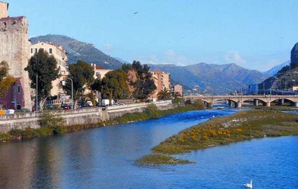 PuliAMO Ventimiglia: il prossimo appuntamento dedicato alla pulizia delle spiagge è per domenica 3 marzo