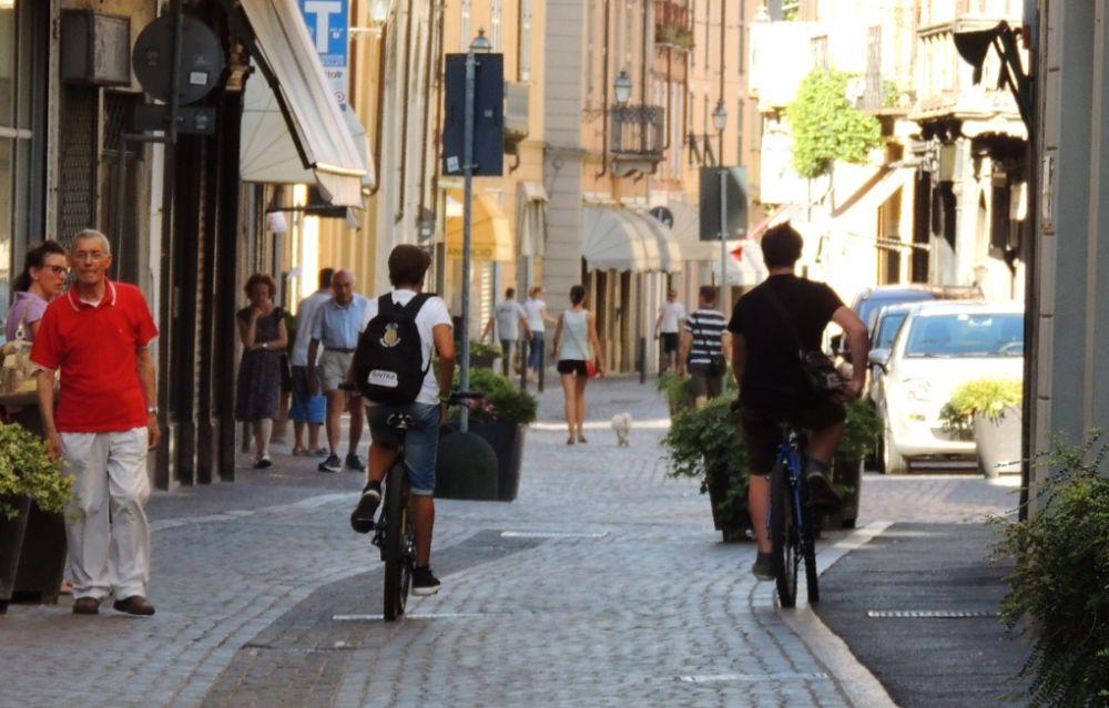 Sabato una pedalata nel centro di Tortona per i bambini