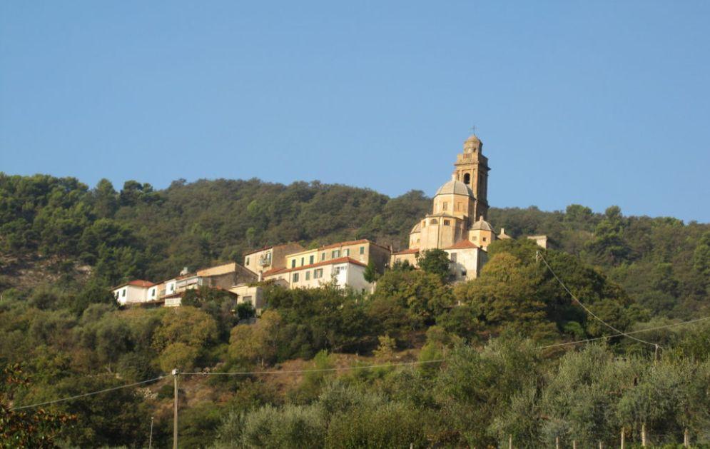 La Liguria preserva i piccoli borghi