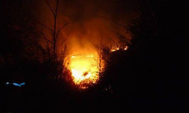 La Protezione Civile di Cervo ha spento in breve tempo questo incendio sul Ciapà: le sensazioni di un volontario