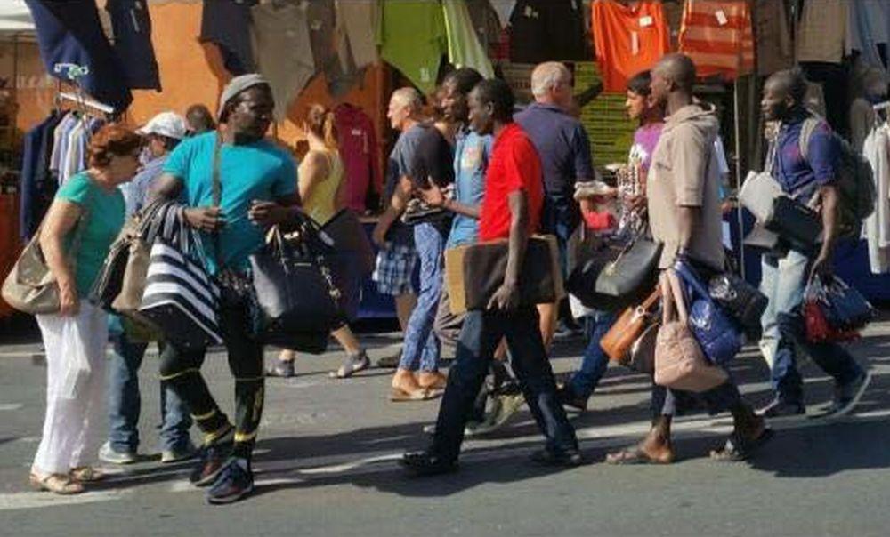A Sanremo una sola certezza: l'arrivo dei migranti e il mercato ne è l'esempio