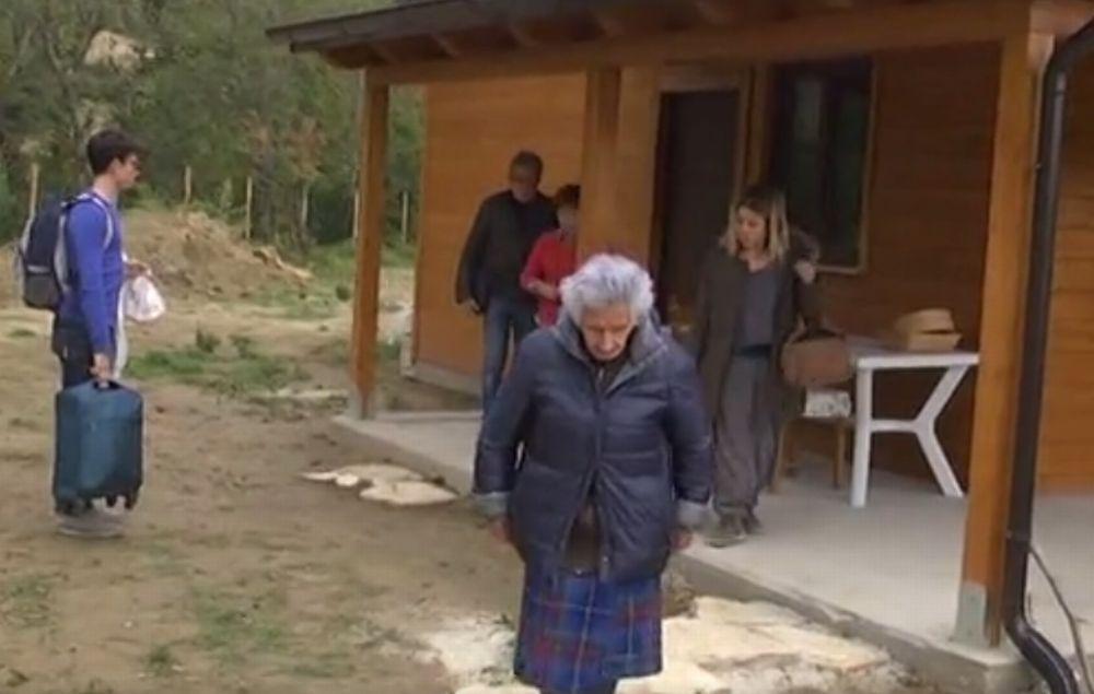 Solidarietà di una lettrice alla pensionata di 95 anni sfrattata dalla propria casa