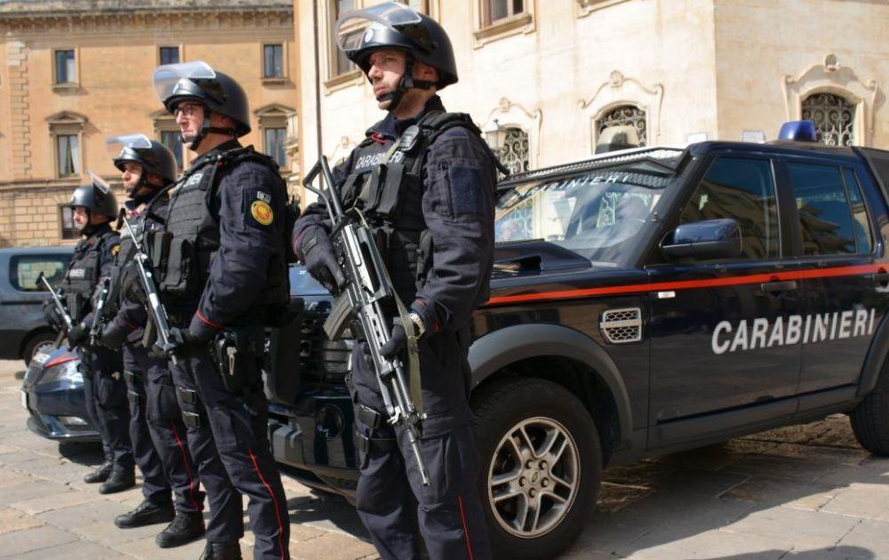I carabinieri di Sanremo denunciano tre persone