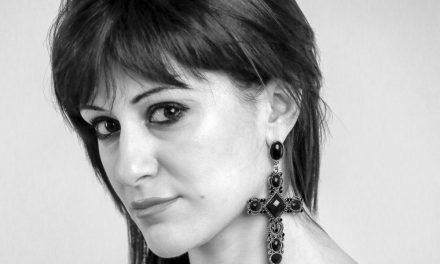 """Debora Scalzo sarà ospite al mondadori bookstore di Sanremo per un firma copie di """"Io resto cosi'"""""""