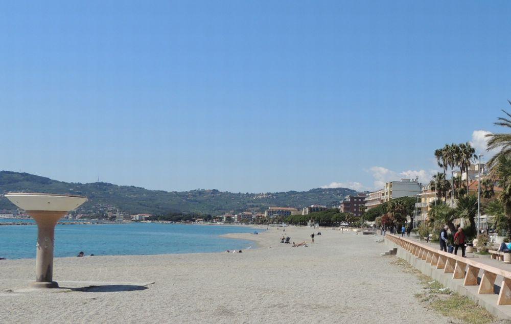 Male il turismo a San Bartolomeo al Mare secondo i dati ufficiali