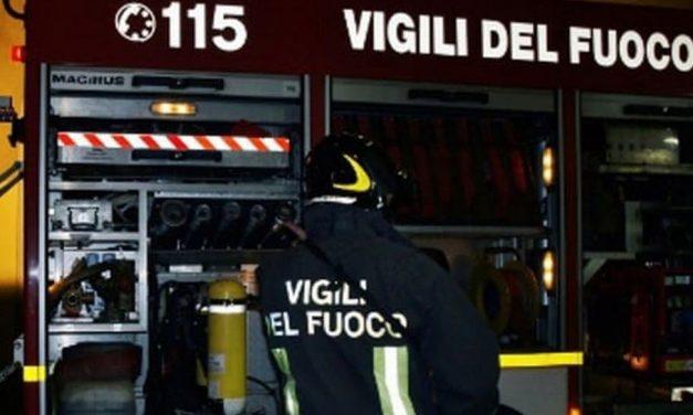 A Cassano Spinola nella notte si rompe l'acquedotto che provoca una frana. Strada chiusa e problemi a non finire