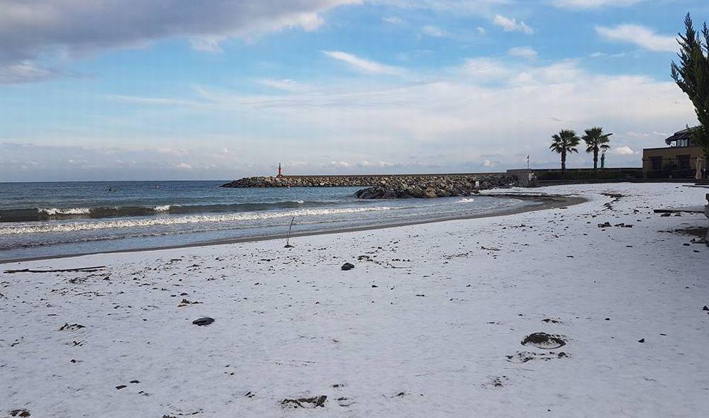 Per Giovedì c'è l'allerta Rossa-neve i sindaci del Golfo Dianese obbligati a chiudere le scuole e non solo