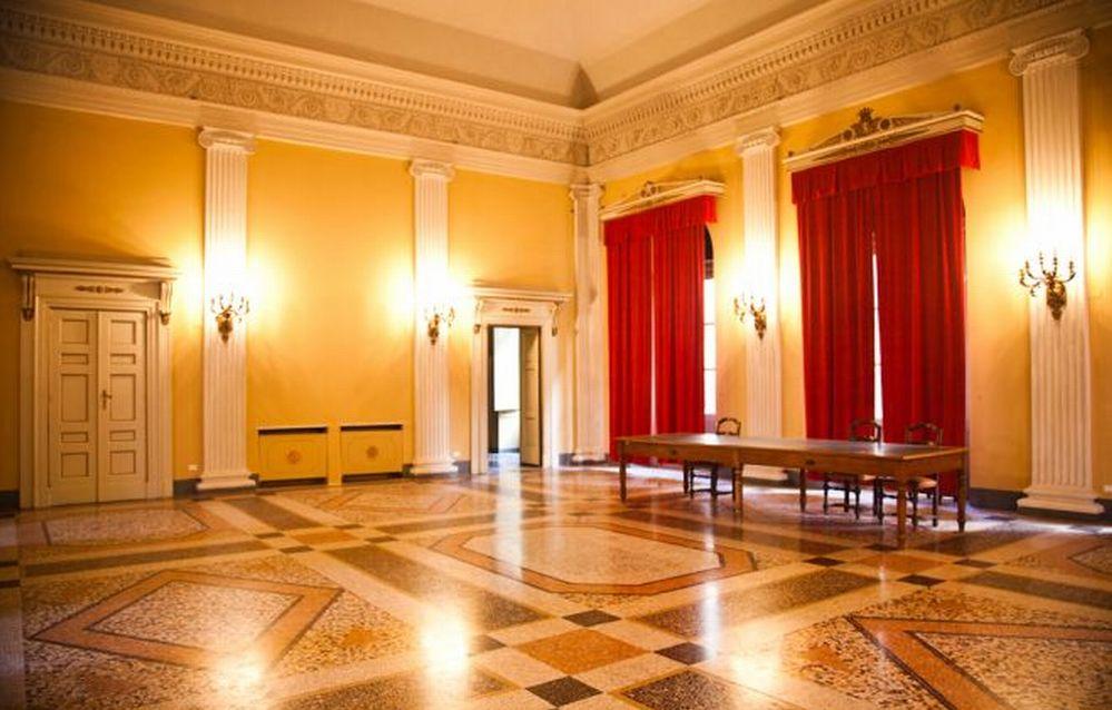 Da Giovedì a Tortona poesie, vino, libri e scatti d'autore, 4 incontri doc al Ridotto