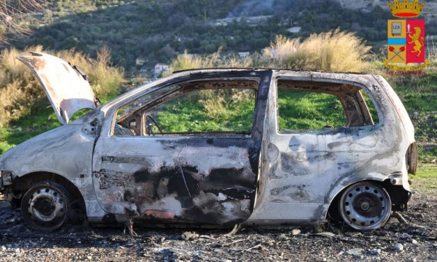 Ventimiglia, la Polizia smaschera il responsabile dell'incendio di un auto a Peglia: è un italiano