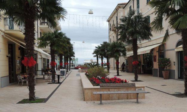 Passate le feste, gabbato lo santo: a Diano Marina un mese senza manifestazioni! Gli abitanti cosa contano in fondo?