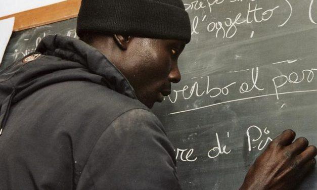Il Comune di Tortona continua ad insegnare l'italiano agli stranieri. Ben 200 hanno parteciapto ai corsi nel 2017