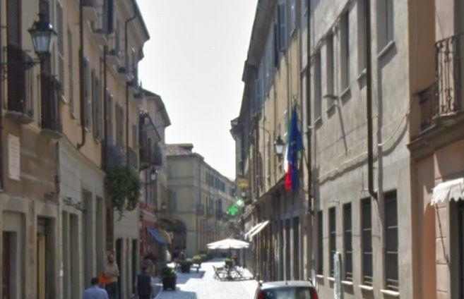 Il Comune di Tortona fa da paciere con la Curia e l'Agenzia delle Entrate rimane dov'è