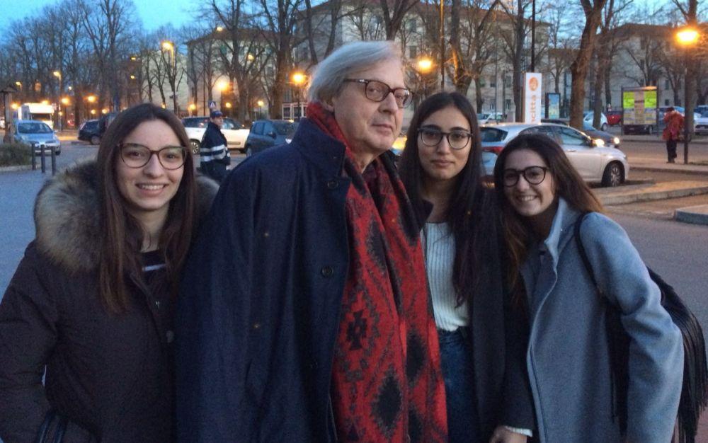 Gli studenti del Marconi di Tortona imparano l'arte con  Vittorio Sgarbi