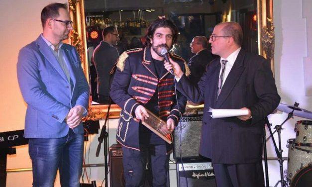 """La canzone """"Musicamore"""" del cantautore dianese Simone Alessio, premiato dalla critica, in Tv e persino su Sky"""
