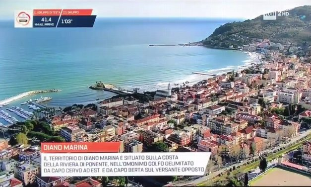 Milano-Sanremo: splendido spot per Diano Marina, bellissima dall'elicottero