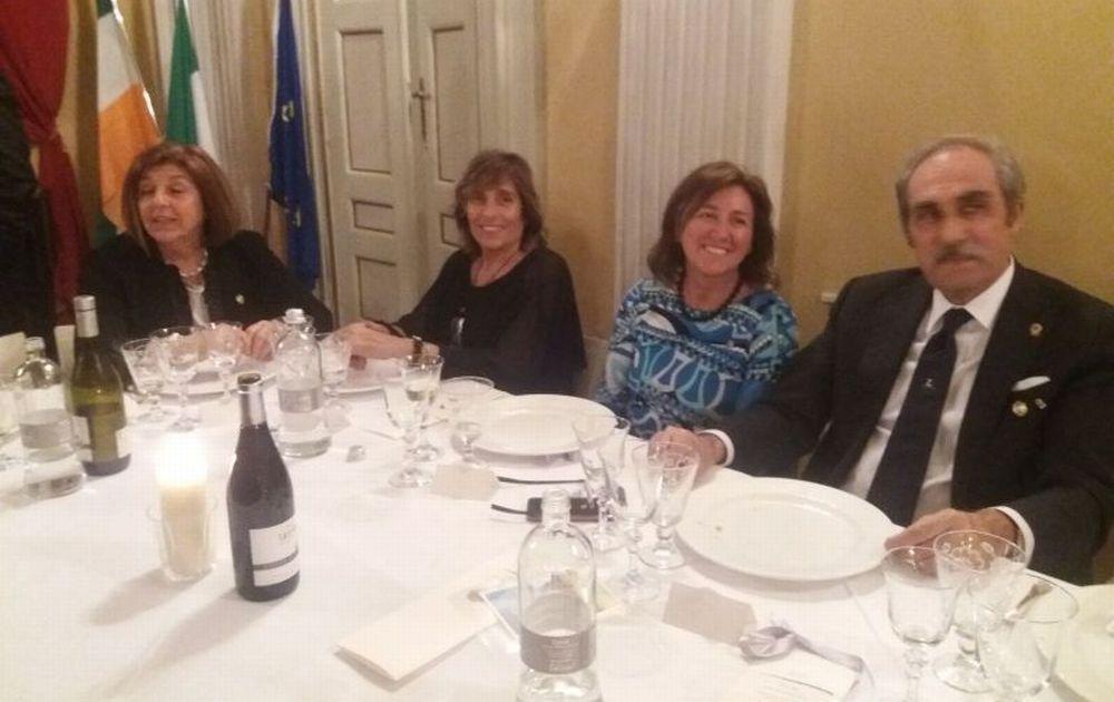 Le socie del Lions Club Tortona Castello hanno festeggiato 30 anni di attività