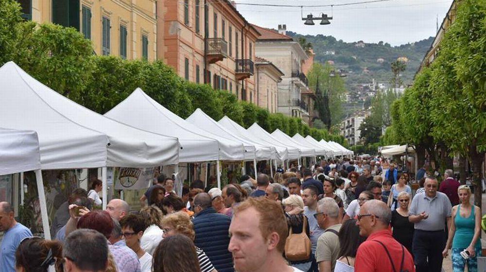 """Oltre 50 mila persone hanno visitato """"Aromatica"""" a Diano Marina, successo senza precedenti!"""