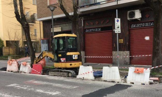 Il Comune di Tortona aggiusta alcune strade ridotte davvero male