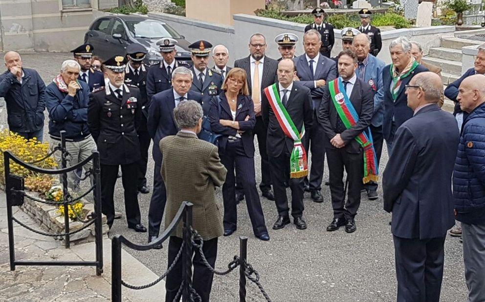 """A Imperia celebrato il 25 aprile col presidente Alessandro Piana: """"In quella lotta le radici della nostra storia"""". Le immagini"""