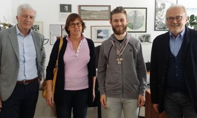 Il giovane Lorenzo Mazza di Novi Ligure medaglia di bronzo alla finale delle Olimpiadi di Matematica