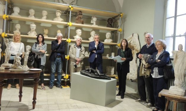 """Tortona si è arricchita della Gipsoteca """"Luigi Aghemo"""" grazie a 400 opere donate alla Fondazione. Le immagini"""