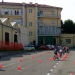 Concluse le lezioni di educazione stradale tenute dai Vigili Urbani di Tortona nelle scuole con una prova pratica