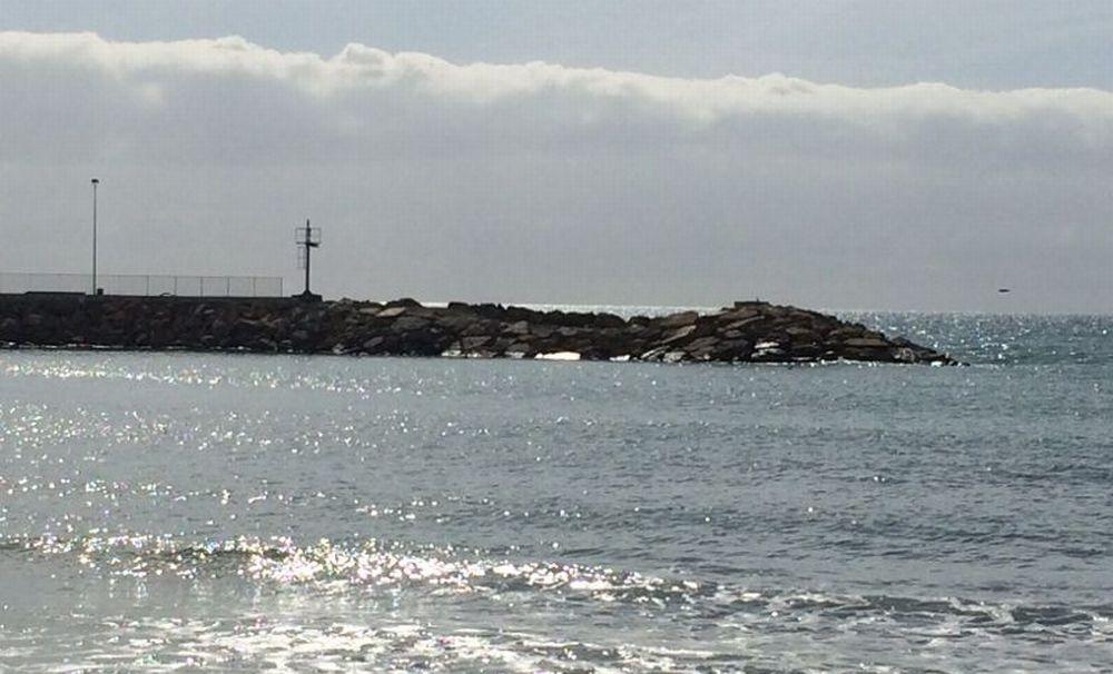 Diano Marina ultimati i lavori spondali del porto e tolta la recinzione sulla passeggiata, ma l'area rimane interdetta per il collaudo