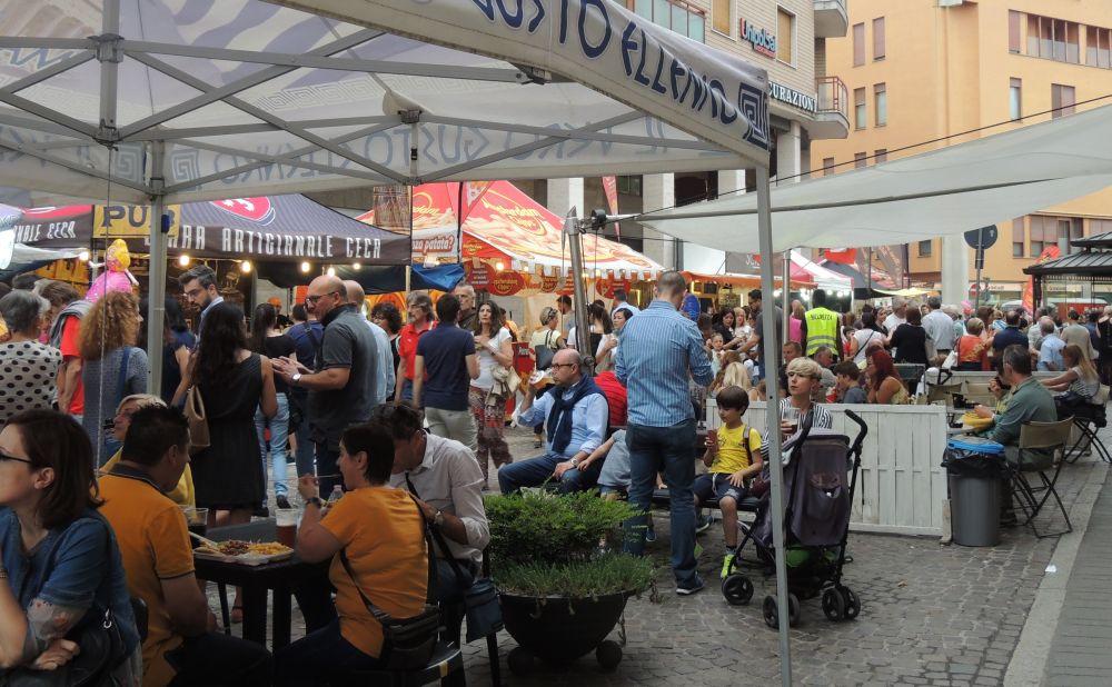 Da venerdì torna lo Street Food a Tortona per tre giorni in Corso Garibaldi