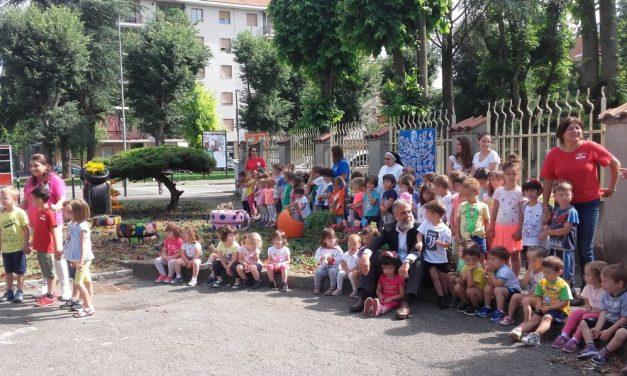 Il Sindaco di Tortona coi bambini grazie ad un progetto di Gestione Ambiente