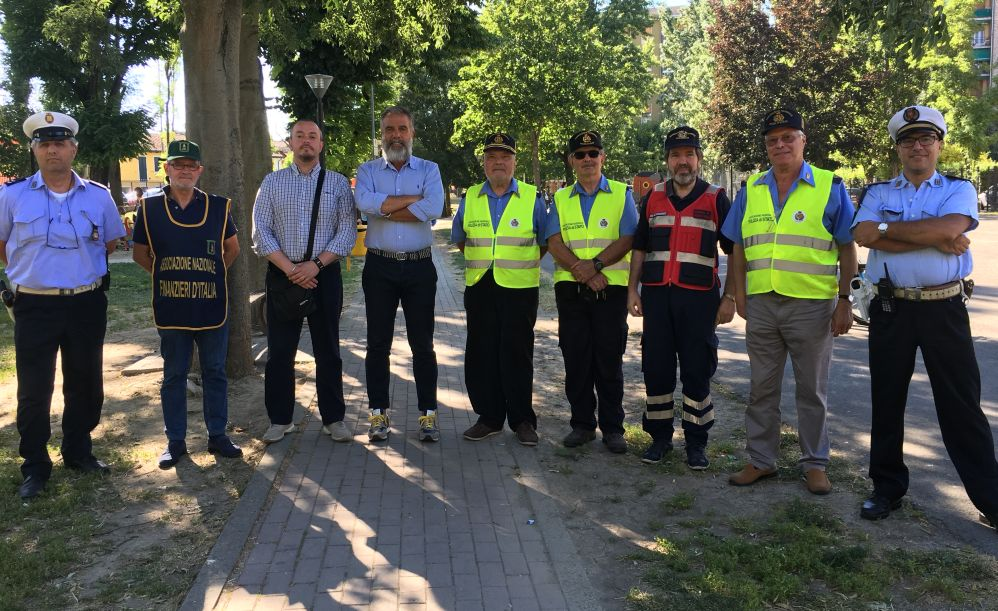 Il Comune di Tortona elogia l'impegno dei volontari che operano in città per la sicurezza dei bambini