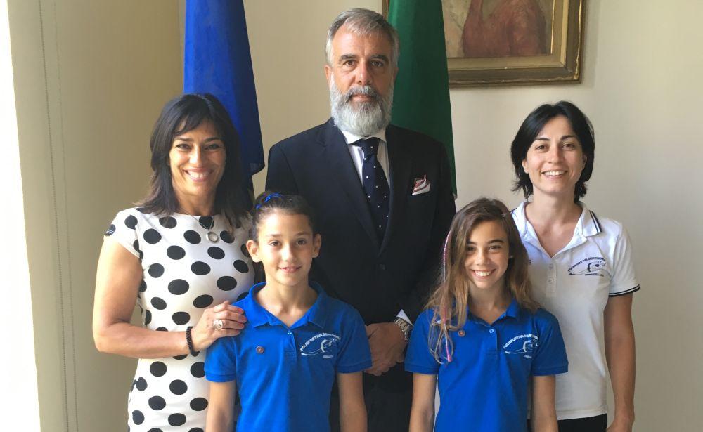 I complimenti del Comune di Tortona alle atlete della Derthona Ginnastica Clea Muca e Ludovica Sala