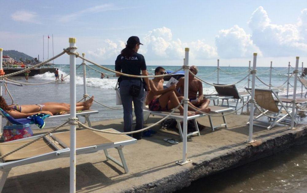 Questore e Polizia sulle spiagge di Diano Marina e i furti diminuiscono del 37%